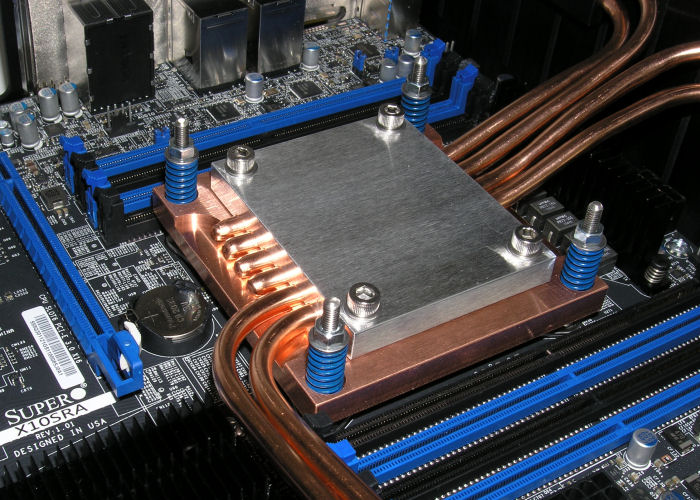 Fanless Socket 2011 v3 CPU cooler